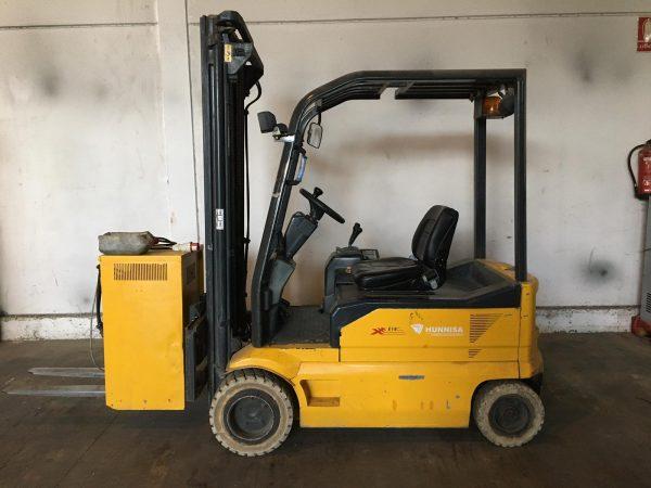 Carretilla OM eléctrica de 1.800 kg.